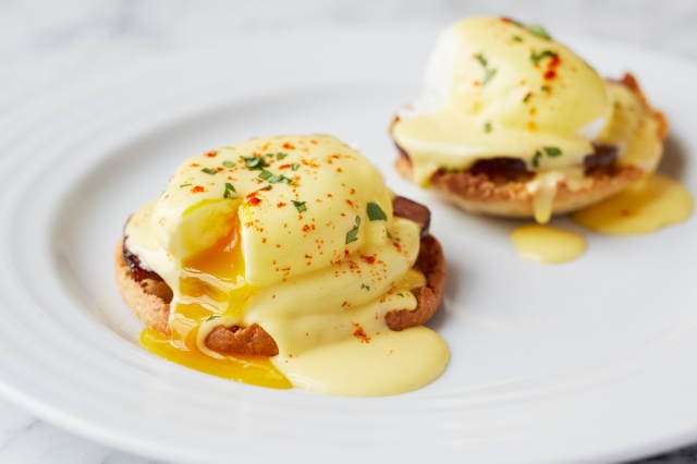 non-feature-eggs-benedict-recipe-breakfast1